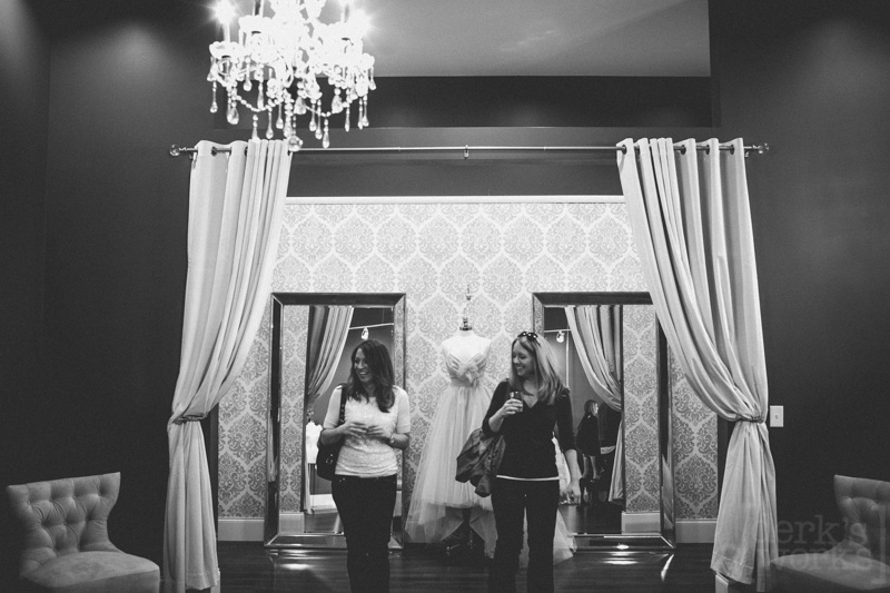 ColumbusWeddingPhotography-WHITEDRESSCO20130412-022